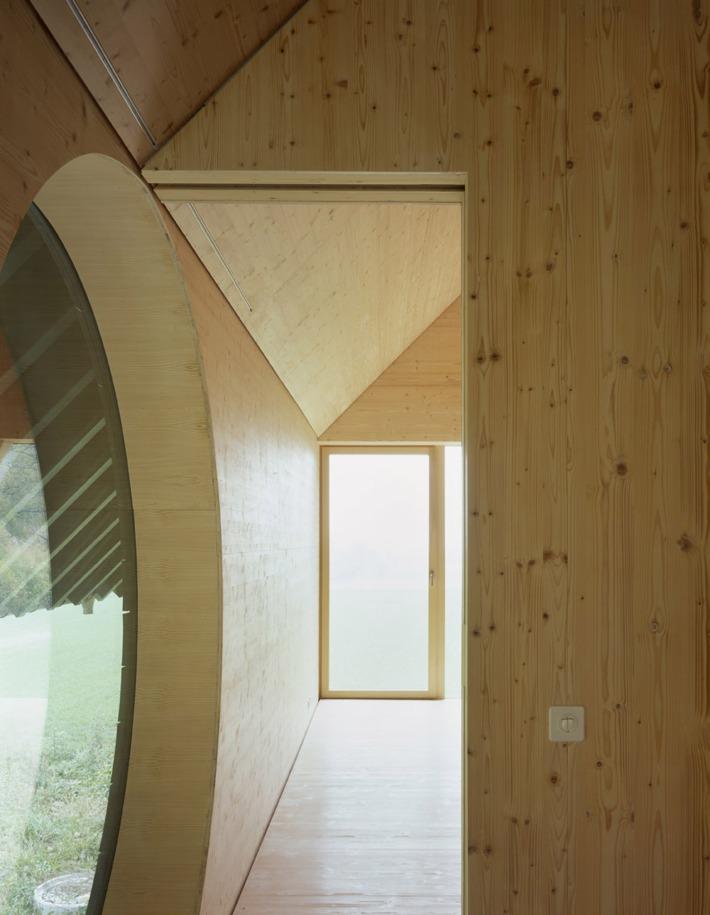 5327b536c07a8042fc0002f0_house-in-balsthal-pascal-flammer-architekten_balsthal_010s_-ioana_marinescu