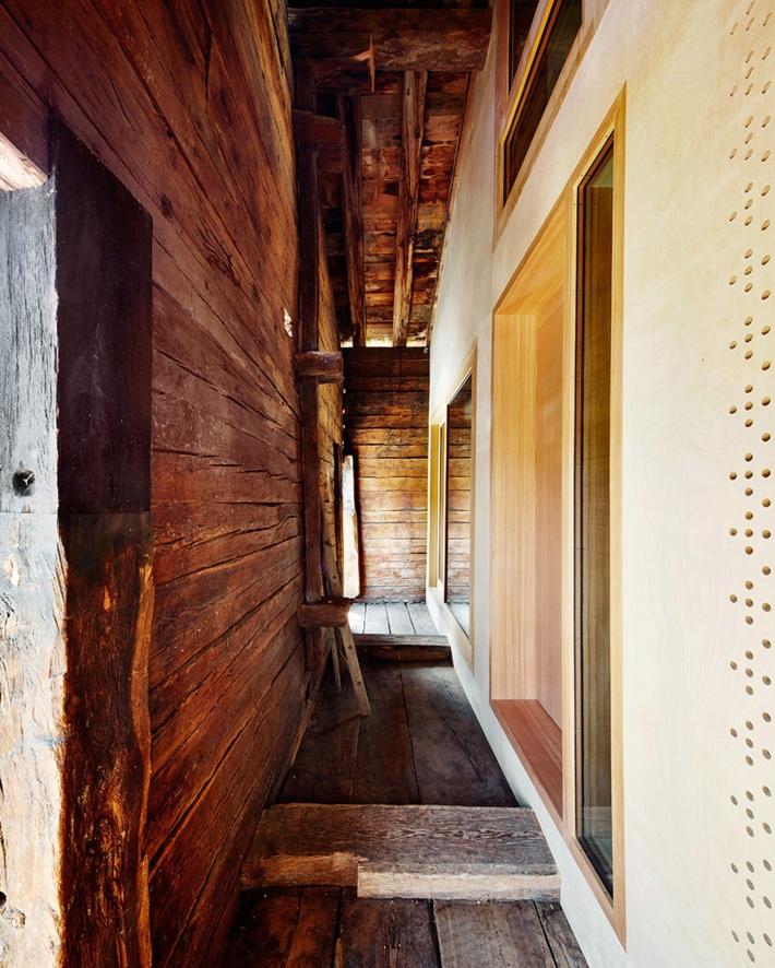 533b8a82c07a804fdc000091_casa-c-camponovo-baumgartner-architekten_c-house-09_copia