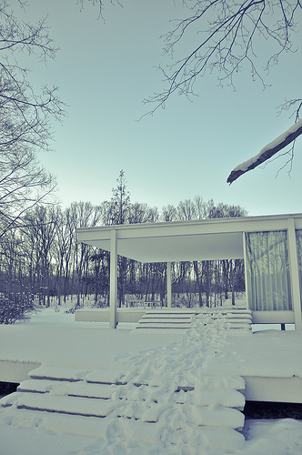 1273636435-snow
