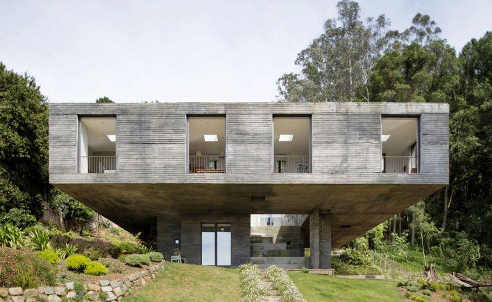 Pezo von Ellrichshausen . Guna House . San Pedro de la Paz