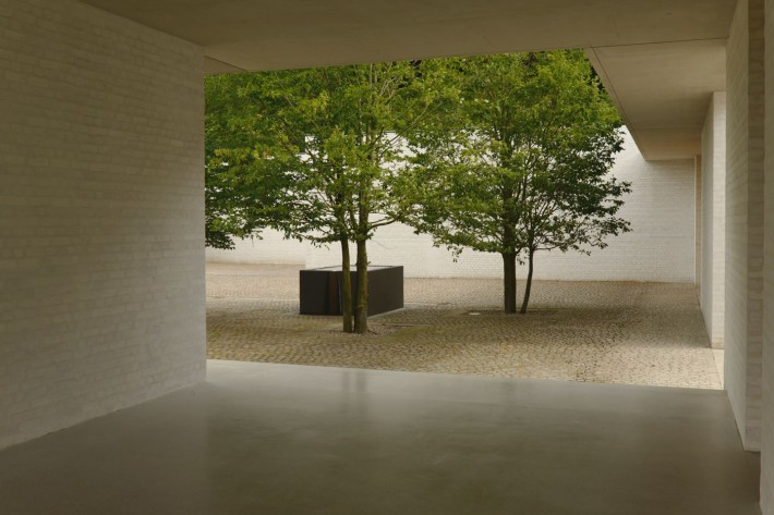 David Chipperfield Architects . Fayland House . Buckinghamshire (6)