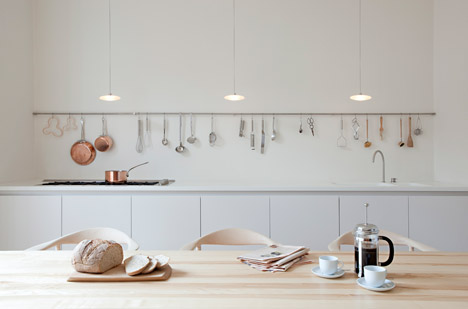 Refurbishment-and-Extension-of-Grade-ll-Victorian-House-in-London-by-SevilPeach_dezeen_468_0