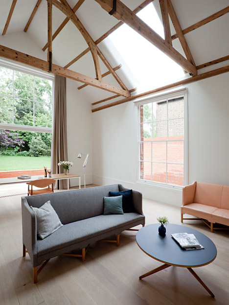 Refurbishment-and-Extension-of-Grade-ll-Victorian-House-in-London-by-SevilPeach_dezeen_468_8