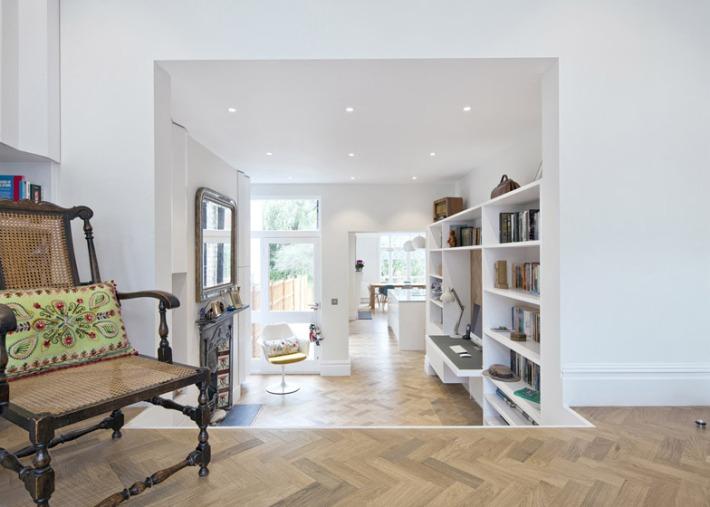 Rosa-and-Johns-home-by-Zminkowska-De-Boise-Architects_dezeen_784_0