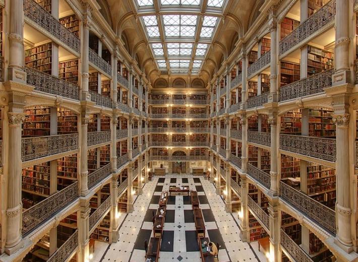 George Peabody Library di Baltimora- nota anche come Peabody Institute