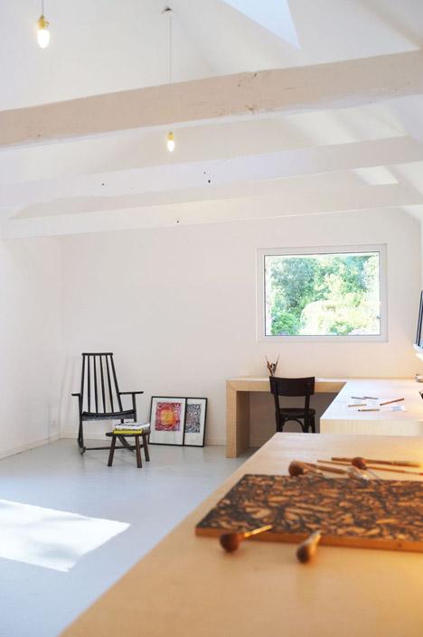 Old-barn-convertion-artist-studio-Brittany-Modal-Architecture_dezeen_468_11