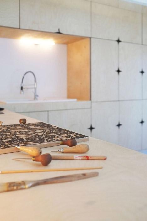Old-barn-convertion-artist-studio-Brittany-Modal-Architecture_dezeen_468_15