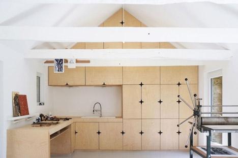Old-barn-convertion-artist-studio-Brittany-Modal-Architecture_dezeen_468_16