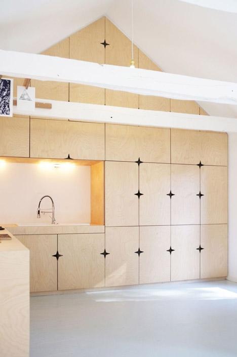 Old-barn-convertion-artist-studio-Brittany-Modal-Architecture_dezeen_468_18