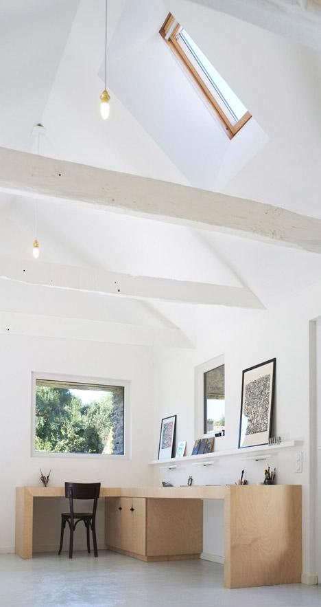 Old-barn-convertion-artist-studio-Brittany-Modal-Architecture_dezeen_468_9
