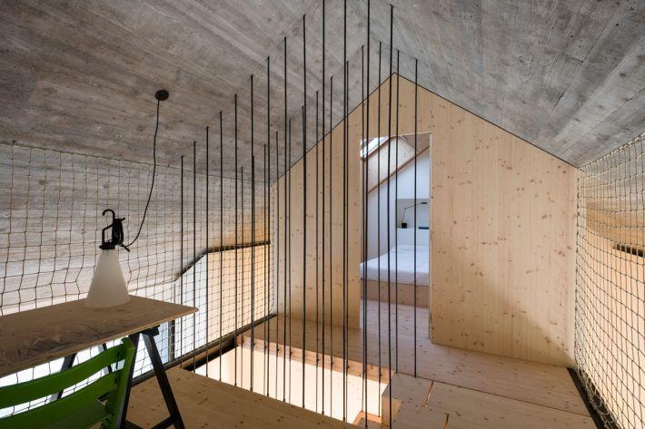 Dekleva Gregoric Arhitekti . compact karst house . Vrhovlje (20)
