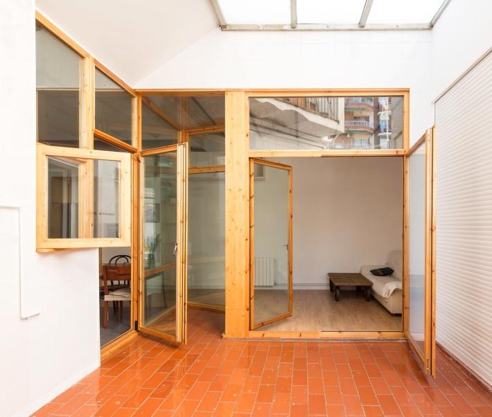 CAVAA . Vivienda y patio en el Poblenou . Barcelona (2)