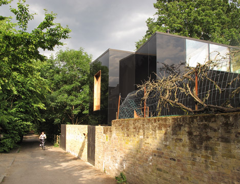Sydenham-house-by-Ian-McChesney_dezeen_468_16